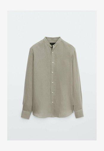 SLIM-FIT-HEMD AUS REINEM LEINEN MIT MAOKRAGEN 00101301 - Shirt - light grey