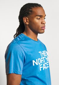 The North Face - STANDARD TEE - Print T-shirt - clear lake blue - 3