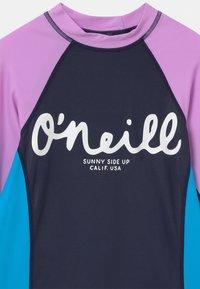 O'Neill - Surfshirt - scale - 2
