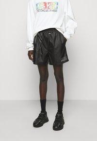 032c - SWIM - Shorts - black - 1