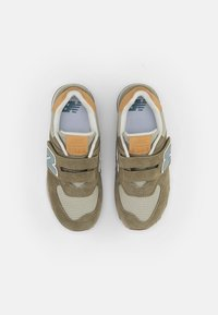 New Balance - 574 - Sneakersy niskie - green - 3