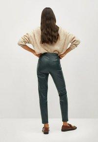 Mango - LONDONPU - Leggings - Trousers - donkergroen - 2