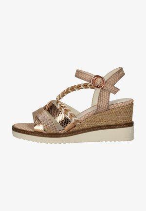 Sandały na platformie - light brown, beige