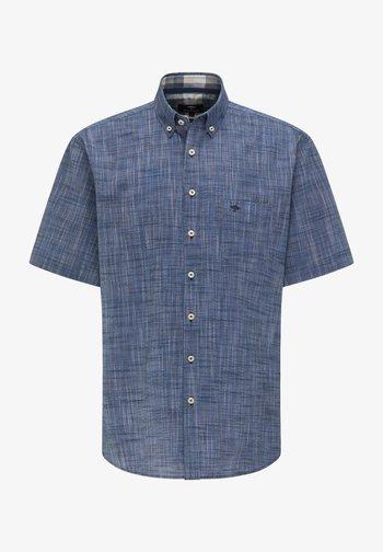 Shirt - solid navy