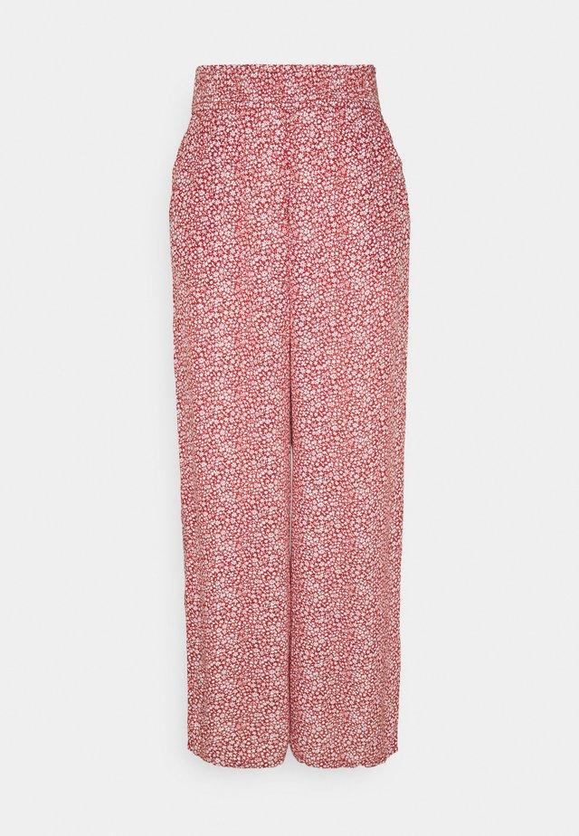 BEACHY WIDE LEG PANT - Pantalon classique - cinnabar