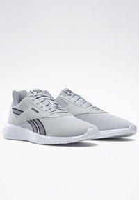 Reebok - REEBOK LITE 2 SHOES - Neutrální běžecké boty - grey - 2