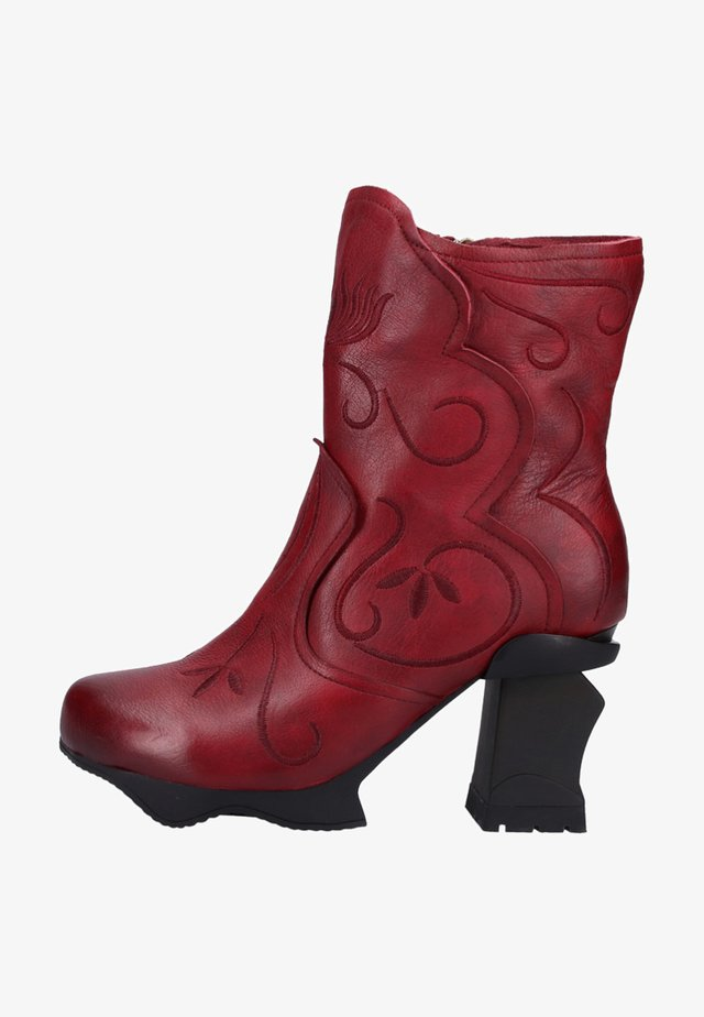 Classic ankle boots - wine
