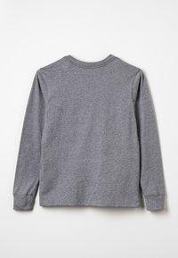 Patagonia - GRAPHIC ORGANIC UNISEX - T-shirt à manches longues - gravel heather - 1