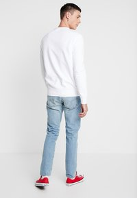 Levi's® - GRAPHIC CREW  - Sweatshirts - marshmallow white - 2