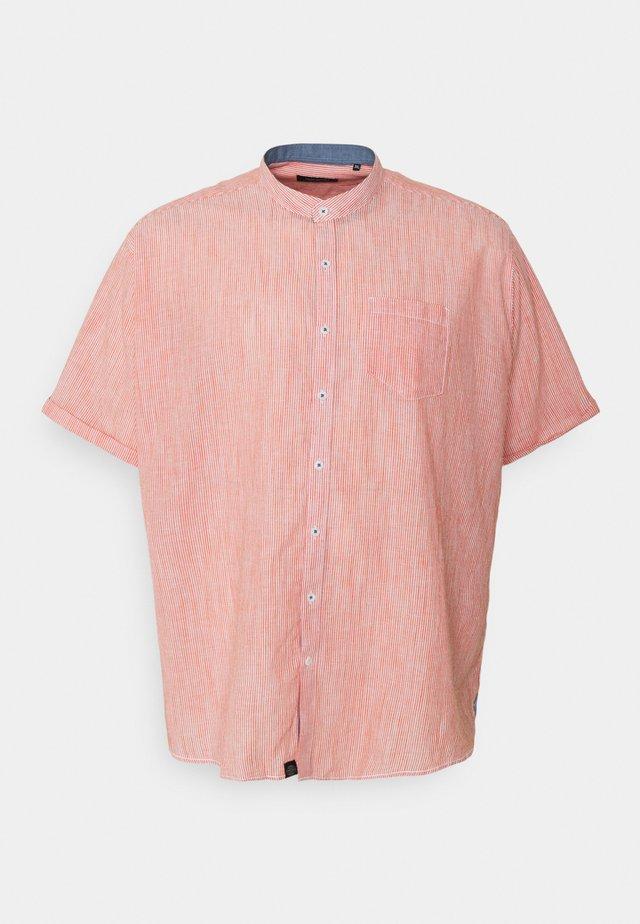MANDARIN STRIPED SHIRT - Skjorte - orange