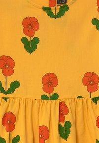 Mini Rodini - VIOLAS FLARED SLEEVE - Shirt dress - yellow - 3