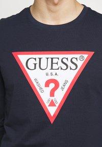 Guess - ORIGINAL LOGO - Maglietta a manica lunga - blue navy - 5