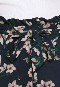 Vero Moda - Shorts - navy blazer - 3