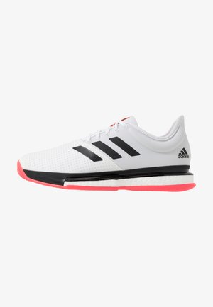 SOLECOURT BOOST - Tennisskor för grus - footwear white/core black/signal pink