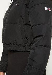 Tommy Jeans - CROPPED PUFFER - Vinterjakke - black - 6
