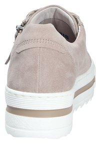 Gabor - Sneakers laag - beige - 3