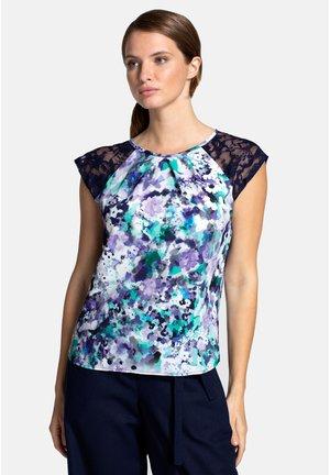 T-shirt z nadrukiem - blue bouquet