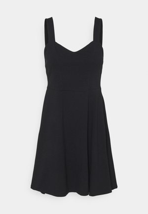 PCANG STRAP DRESS - Jerseykjole - black