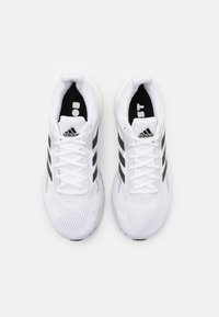 adidas Performance - SOLAR GLIDE 3 - Zapatillas de running neutras - footwear white/core black/dash grey - 3