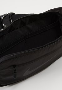Nike Performance - RUN HIP PACK - Ledvinka - black/black/black - 4
