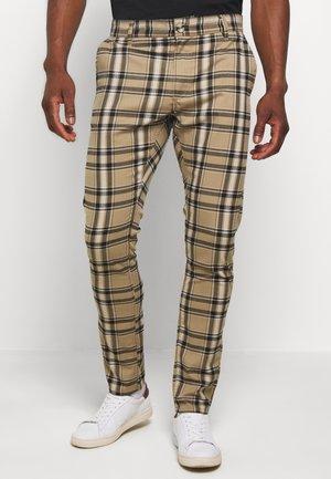 STRETCH CHECK - Spodnie materiałowe - butterscotch
