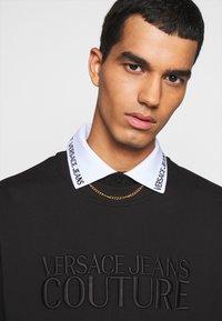 Versace Jeans Couture - FELPA - Sweatshirt - nero - 5