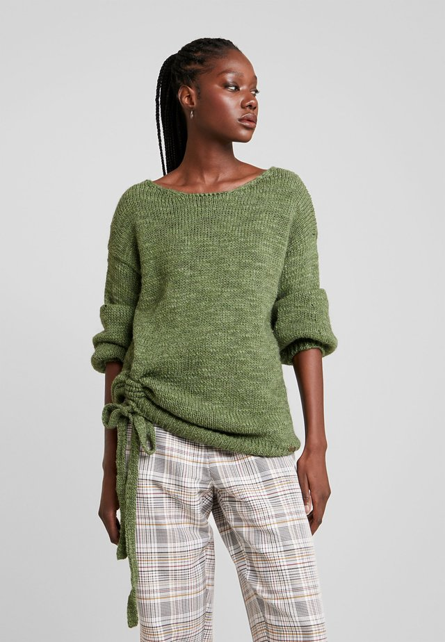 JUMPER - Pullover - green