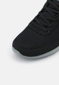 Kappa - FOLLOW BC UNISEX - Scarpe da fitness - black/grey - 5