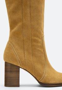 Uterqüe - Boots - brown - 5