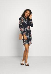 Vero Moda - VMSAGA COLLAR DRESS  - Shirt dress - navy blazer - 1
