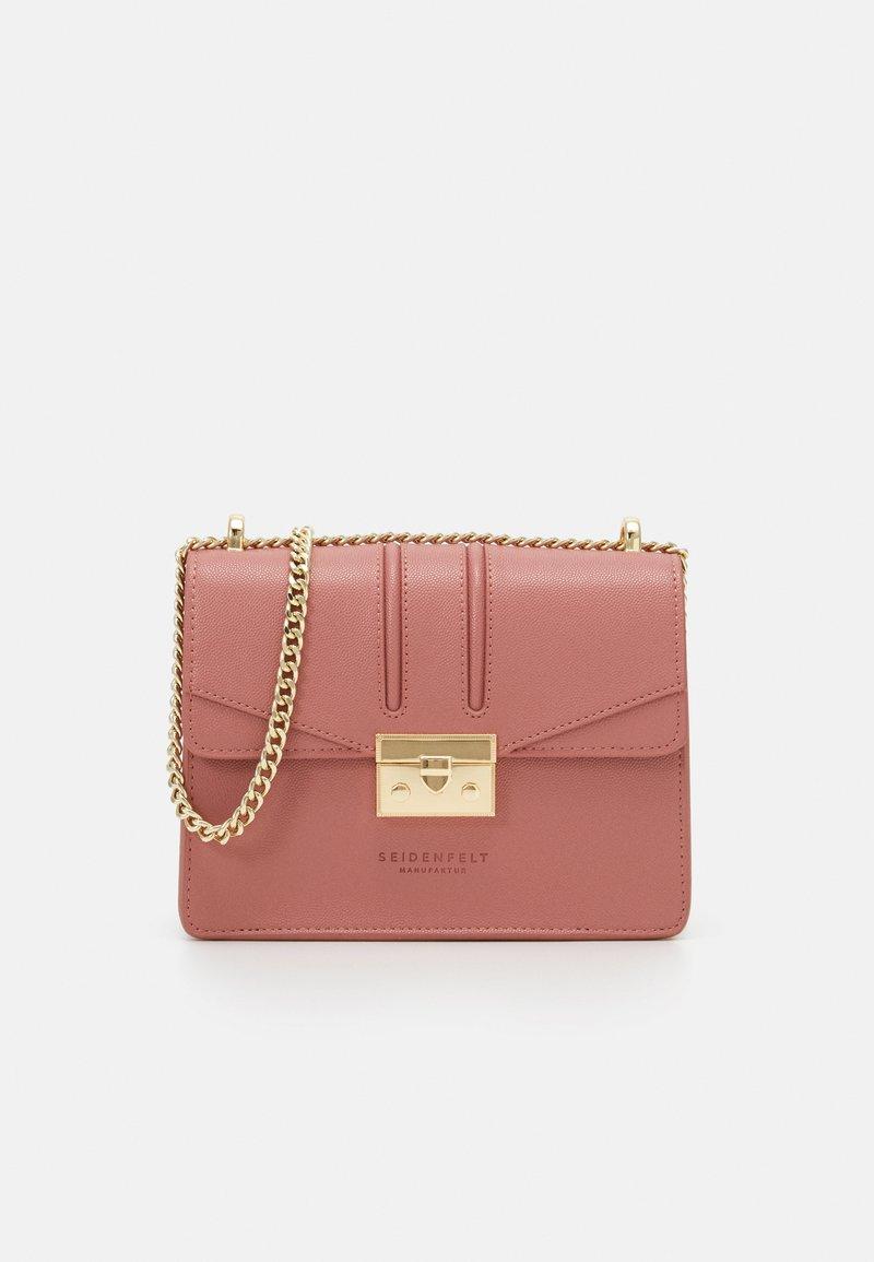 Seidenfelt - ROROS - Across body bag - blush