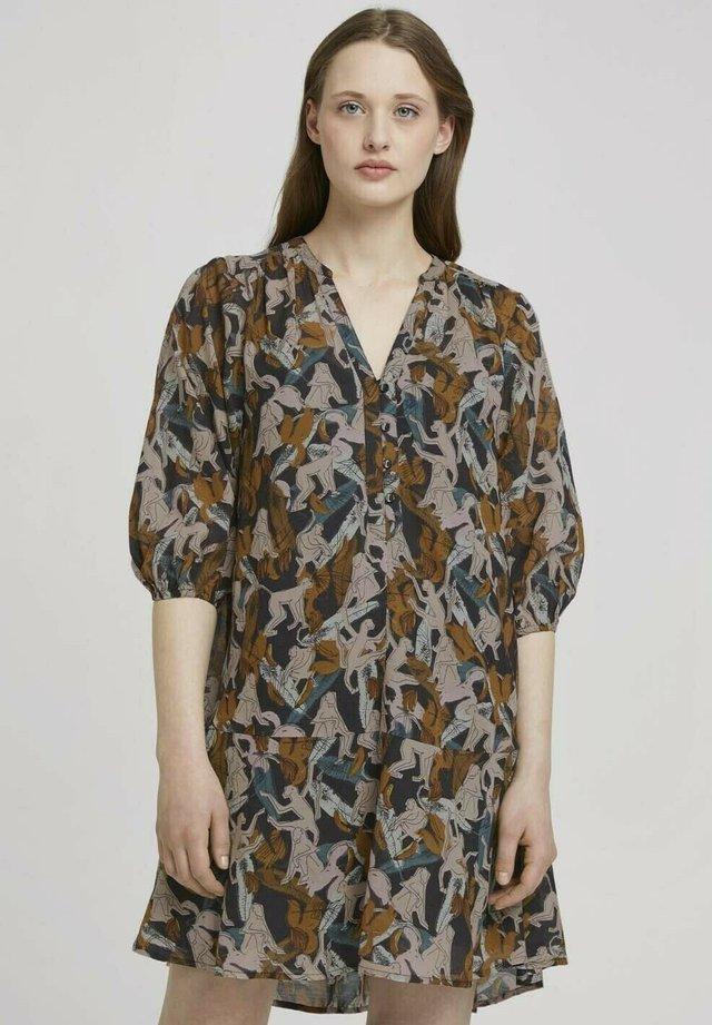 Korte jurk - abstract monkey print