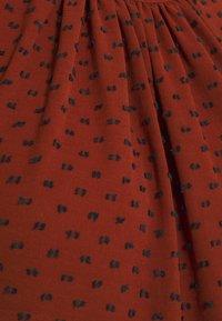 Closet - MIDI GATHERED NECK DRESS - Day dress - rust - 4