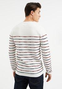 WE Fashion - Sweatshirt - white - 2