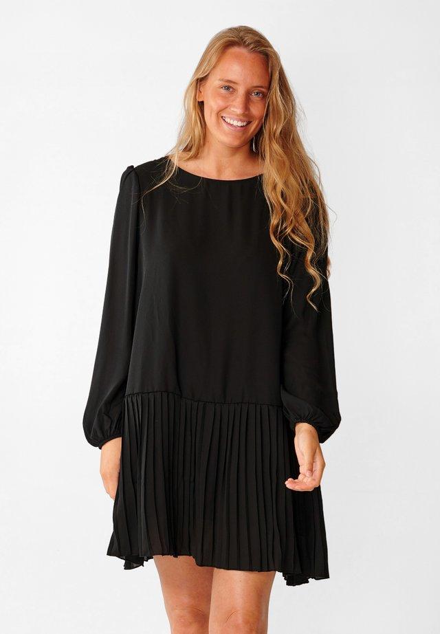 DAGMAR - Day dress - black