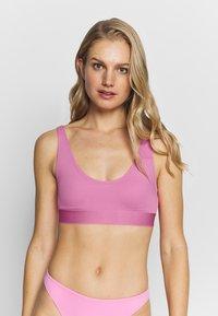 Weekday - SOLEIL SWIM TOP - Góra od bikini - pink - 0