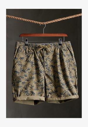 SUNSCORCHED - Shorts - olive akari