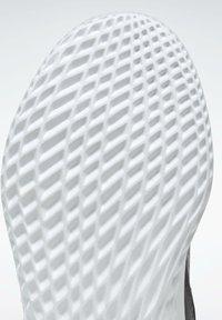 Reebok - RUSH  - Neutral running shoes - grey - 10