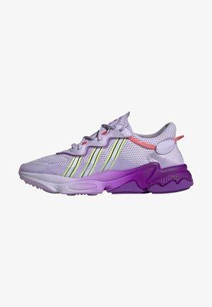 Sneakers basse - blipur/ftwwht/sigpnk