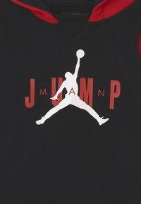 Jordan - JUMPMAN SIDELINE SET UNISEX - Tracksuit - gym red - 3
