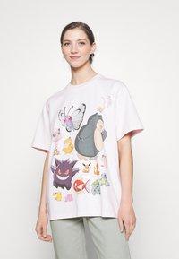 Levi's® - POKEMON TEE - Print T-shirt - ballerina - 0