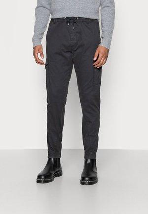 ANDERS ELASTICATED - Cargo trousers - black