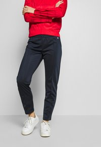 Champion - HOODED FULL ZIP SUIT - Chándal - red - 3