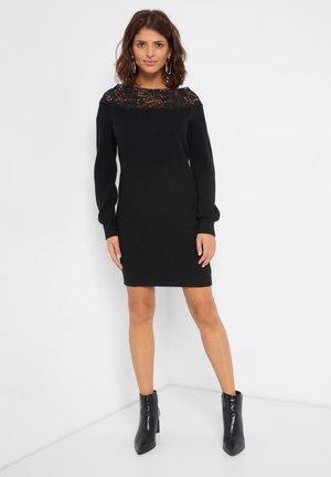 MIT SPITZE - Jumper dress - schwarz
