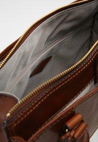 Fossil - Handbag - medium brown - 4