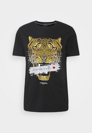 GOLDEN SAVAGE TAPE TEE - Printtipaita - black