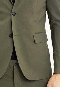 Lindbergh - PLAIN MENS SUIT - Kostuum - olive - 7