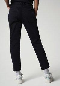 Napapijri - MULLEY - Relaxed fit jeans - blu marine - 2