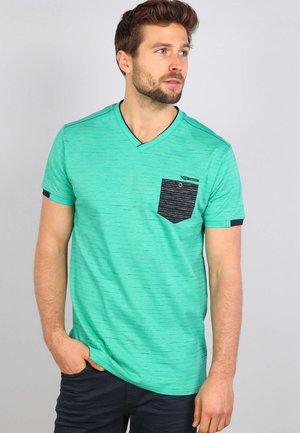 T-shirt print - apple green