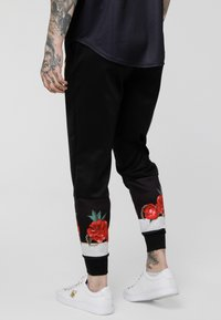 SIKSILK - MAJESTIC CUFFED CROPPED - Joggebukse - black